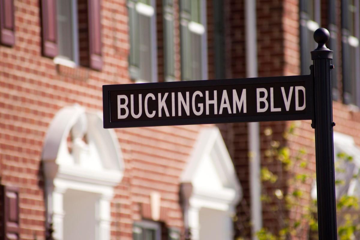 BN1-8 Buckingham Exterior Signage (1)-1
